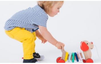 ξύλινα παιχνίδια-έπιπλα εσωτερικού χώρου